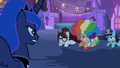 Luna looking at Mayor S2E04.png