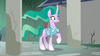 Mistmane shocked by the state of her village S7E16