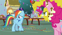 Rainbow Dash thinking of an excuse S7E23