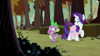 Spike distances himself from Rarity S8E11