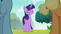 Twilight Sparkle nods to her friends S8E9