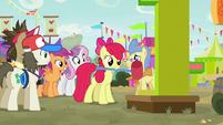 Apple Bloom playing a high ringer game S9E22