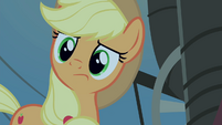 Applejack looks around S4E20