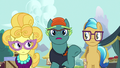 Fluttershy's critics surprised by her assertiveness S7E14.png