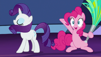 Pinkie Pie presenting Rarity's element S7E26