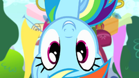 Rainbow Dash upside down S4E12