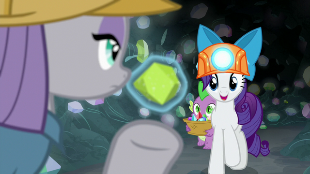 """File:Rarity """"you're an absolute darling!"""" S7E4.png"""
