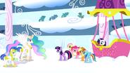 S01E16 Księżniczka gratuluje Rainbow