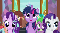 Twilight singing -is home to everyone- S8E2