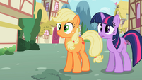 Applejack Hat-less S2E6