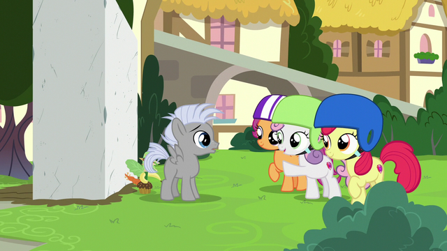 File:Cutie Mark Crusaders helping Chipcutter S7E6.png
