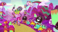 Pinkie Pie skipping through a crazy mindscape EG4