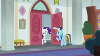 Rainbow Dash asking Rarity for help S9E15