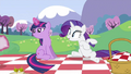 Rarity swrooning S2E25.png