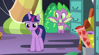 Twilight still depressed after talking to Pinkie S9E26