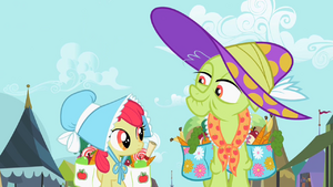 Apple Bloom and Granny Smith S2E12