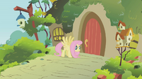 Fluttershy about to fly S1E10