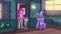 "Rarity ""filling in for my babysitting emploi"" EGDS3"