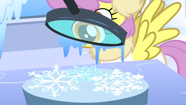 File:Snowflake inspection S1E16.png