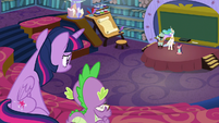 Twilight and Spike watching Celestia fail S8E7