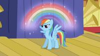 830px-RainbowDashRainbow
