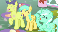 Comet, Raindrops, and Lyra excited for ice cream MLPS5