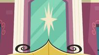 Decorative star over Canterlot High entrance EGFF