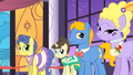 "Grand Galloping Gala ""pretty party ponies"" 2 S01E26.png"