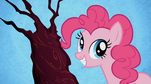Pinkie Giggle at the Ghostly