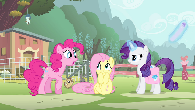 File:Pinkie Pie 'but I'm so good at it!' S4E14.png