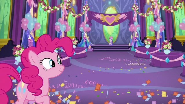 File:Pinkie finishes decorating the dining hall S7E1.png
