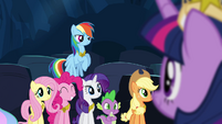 Ponies smiling at Twilight S4E2