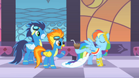 Rainbow Dash amuses Soarin' and Spitfire S1E26