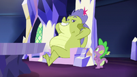 Sludge sitting in Twilight's throne S8E24