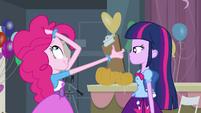 Twilight falando com Pinkie EG