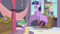 Twilight flying down S4E01