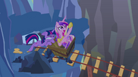 Twilight trying to push minecart S2E26