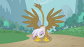 Gilda showing off S1E05.png