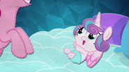 MAFH 05 Flurry Heart macha do Pinkie Pie