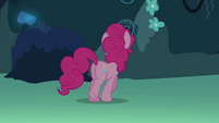 Pinkie walking S3E03