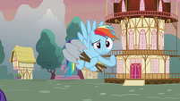 Rainbow mimes for Spike to stall for longer S5E3