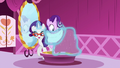 Rarity makes a dress for Starlight S6E6.png