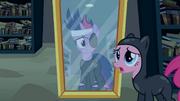 S02E20 Pinkie i Twilight przed w Canterlocie