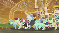 Sombrafied ponies charging with a net S9E2