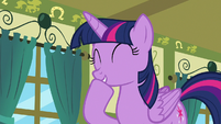 Twilight Sparkle laughing at Spike S7E3
