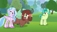 Yona -yak best at field-tripping!- S8E9