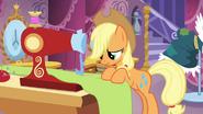 Applejack and sewing machine S03E13