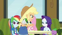 Applejack explains the situation EG