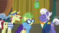 Flam and Impossibly smiling at Gladmane S6E20.png