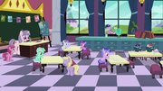 Foals at the School for Gifted Unicorns S5E12